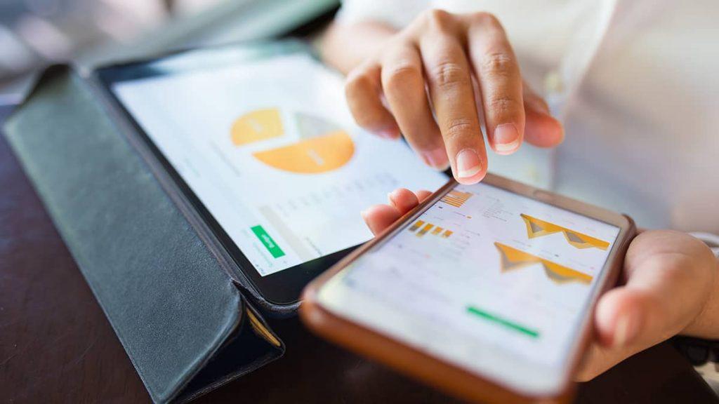 نرم افزار حسابداری موبایلی چه ویژگی دارد + دمو رایگان